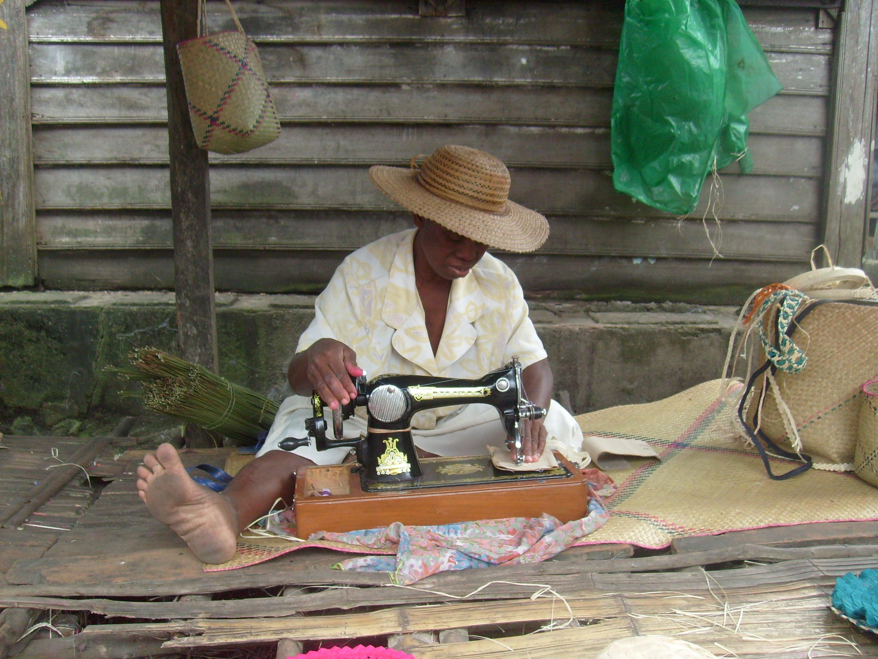 Artisanat-La couture à Madagascar